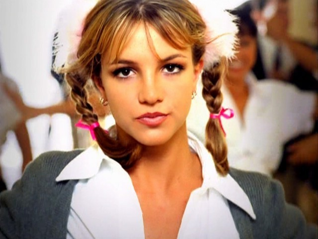 Baby-One-More-Time-britney-spears-4353597-640-480